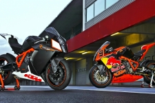 KTM 1190 RC8 HD Wallpaper
