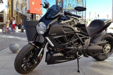 Ducati Diavel HD Wallpapers