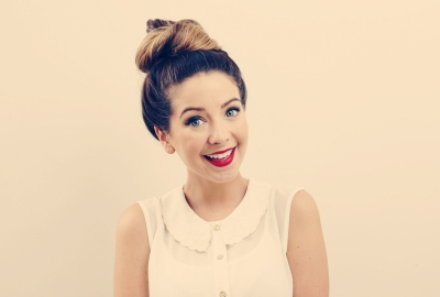 Zoella Vlogger 4K Wallpaper