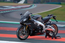 Aprilia RSV4 HD Wallpapers