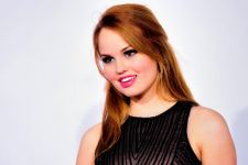 Debby Ryan 4K Wallpaper